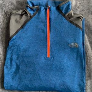 L- North Face Half Zip-up pullover sweater
